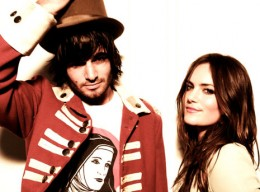 angus-and-julia-stone-2014-08.jpg