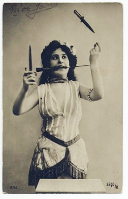 vintage-photos-of-circus-performers-from-1890s-1910s-11-.jpg
